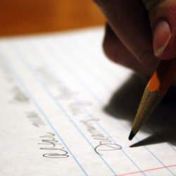 Twitterが文章養成塾に! 通勤時間のたった5分でできる「文章の書き方が向上する練習」とは