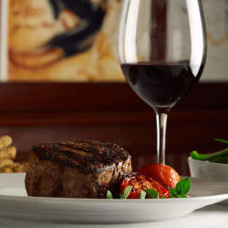 肉にはやっぱり「ワイン」でしょ! 肉料理の美味しさを倍増させる、おすすめ赤ワイン特集
