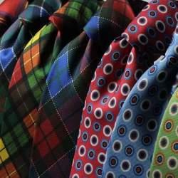 夏のスーツスタイルはネクタイで魅せる。ポール・スミス(Paul Smith)の新作ネクタイ5選