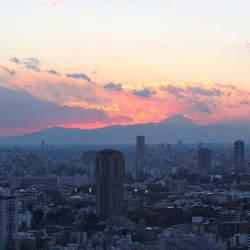 日本で働いている90%は非リア充。あなたはリア充になれるのか? 『働き方は「自分」で決める』