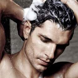 頭皮が汗臭い男は嫌われる。男性用シャンプーを徹底検証して、おすすめ順ランキングにまとめてみた。