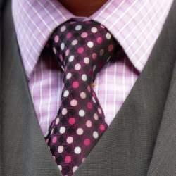 Vゾーンを左右する「ネクタイの結び方」:ワンランク上のおしゃれを目指すビジネスマン達へ