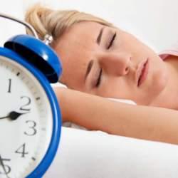 「寝坊しちゃった!」なんてことのない毎日を。目覚まし時計・アラームとして、おすすめ無料アプリ3選