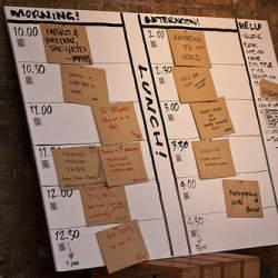 会社が週休3日制を導入するメリット、デメリットは:ユニクロ・ファーストリテイリングが週休3日制へ