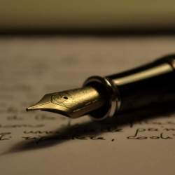 毎日の仕事をお気に入りの「万年筆」と共に。最高級の老舗メーカーが創り出す、本物志向のための万年筆