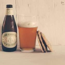 お酒を嗜む全ての紳士達へ。会話を弾ませるには、まず「ビールの豆知識」から知ろう