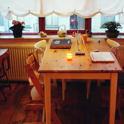 ダイニングテーブル=家族の集まる場所。IKEAのダイニングテーブルはおしゃれ&リーズナブル!
