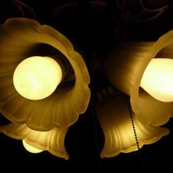 おしゃれな部屋へのカギはデザインの優れた照明。部屋をおしゃれに彩るなら照明に注目