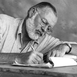 七人の作家が後世に遺した七の名言。「座右の銘」を見つけ、自分の足で屹立する人生を