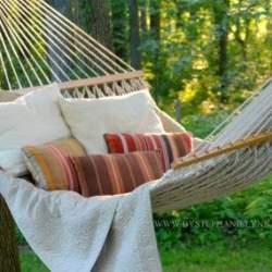 あなたの休日がさらに快適に。ハンモックスタンドで悠々自適なリラックスタイムを手に入れよう