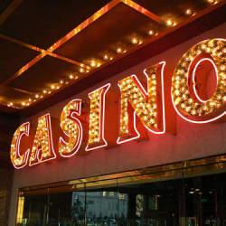 ギャンブル界の帝王・カジノの今。急成長を遂げるアジアのカジノ市場:日本にカジノはやってくるのか。