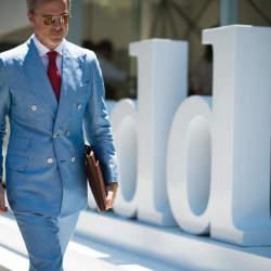 叫ばれるダブルスーツの「復権」。世界のお洒落メンズが着こなすダブルスーツのコーデ集!