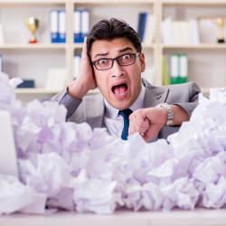【落ち着く方法4選】「焦るな自分!」なんて念じるより効果的。仕事で焦った時に落ち着く方法