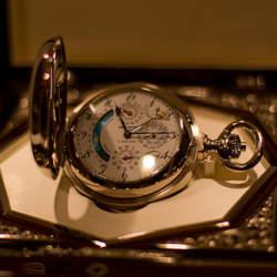 世界で最も高級な腕時計は? 「常識外れ」な世界の最高級腕時計ランキング上位7本