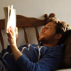 本だって見た目が9割! トータルコーディネートで楽しむ、おしゃれな大人のブックカバー