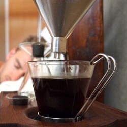 1万円以下のおすすめコーヒーメーカーと厳選コーヒー豆:自宅で味わうコーヒーブレイク
