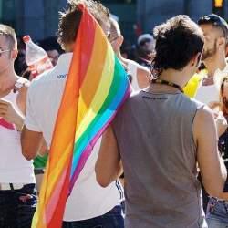 """LGBTフレンドリーな企業が、全員が働きやすい企業"":企業内のLGBT当事者が不快に思う言動"