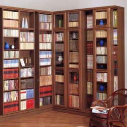 """本棚整理を工夫し、""""空間""""を操れ。実用的で「おしゃれな本棚整理術」をマスターせよ"""