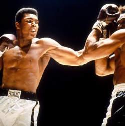 ボクシング界のレジェンド、モハメド・アリの名言に学ぶ「信念を貫く生き方」