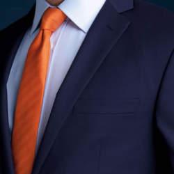 """スーツはアイロンのかけ方一つで変わる! 10分で出来るアイロンテクでスーツを""""新品同様""""に"""