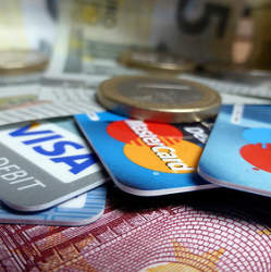 条件が魅力的なクレジットカードは、審査が通りにくい? 「クレジットカード審査偏差値」について解説