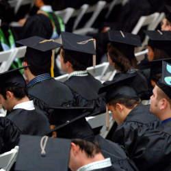 新卒がもらう「初任給の手取り平均」はいくら? 初任給はどう使うのがベスト?
