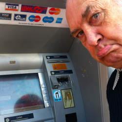 クレジットカードのスキミング対策は怠るな! 持っていて安心なスキミング防犯グッズを紹介。