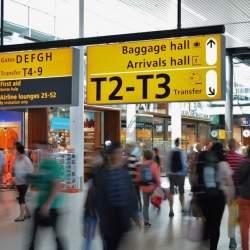 初めての海外出張……。持ち物や入国審査での英会話を事前に徹底準備!