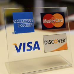 クレジットカードの付帯保険ってどういうものなの? カード会社の種類別保障内容を紹介。