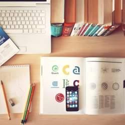 隙間時間で英語の勉強! 英語をスマートフォンアプリで勉強するべき理由とは?