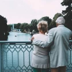 夫婦合わせて年金受給額どれくらい? ケース別シミュレーション