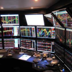 複数のチャートを使うのがおすすめ! FXの勝率を上げるためにテクニカル分析をしよう!