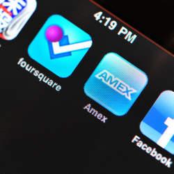 クレジットカードのアプリで上手にカード管理! 利用明細も履歴も一目瞭然のおすすめアプリはこれだ。