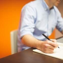 仕事のスキルアップ、資格取得を目指す人必見! 資格取得支援制度について