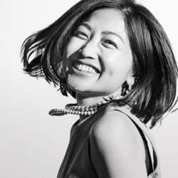 """""""ウェディング業界の革命児""""・山川咲の成功への合言葉:「人生が変わるほどの結婚式をしよう」"""