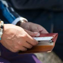 大人メンズの価値を高める「おすすめブランド財布」:この4つのブランドを選べば、間違い無し!
