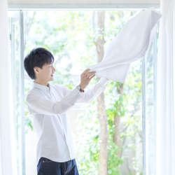 部屋干しのニオイと決別!一人暮らしの「部屋干し洗濯のコツ」
