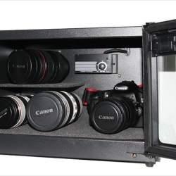 いつまでもカメラの質を維持するために! 防湿庫を使おう!