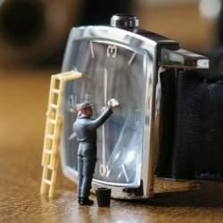 怠ると腕時計が大変なことに? 意外と知らない「腕時計の掃除方法」とは