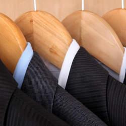 「スーツに寿命がある」って知ってた? スーツの寿命を劇的に延ばすコツとは