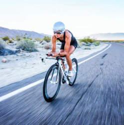 より速く、より遠くへ。10の人気メーカーが誇る「ロードバイクで風を切る爽快感」を体験せよ!