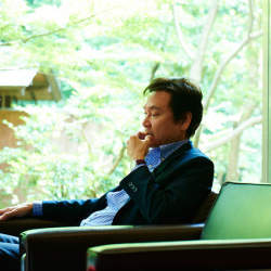 「東京>地方」を覆すことの必要性:バイオテクノロジーの最先端・冨田勝が語る、地方産業の未来