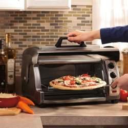 インテリアにもおしゃれな8つの「オーブントースター」:一日の始まりを美味しいパンの香りで!