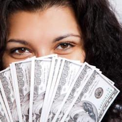 婚活女性が求めるのは「年収」だけではない? 女性が男性に求める「条件」と男性恋愛観の「実態」とは
