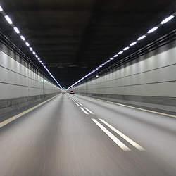 """""""おひとりさまドライブ""""を堪能:高速道路の難所とその先にあるご褒美ドライブスポット"""