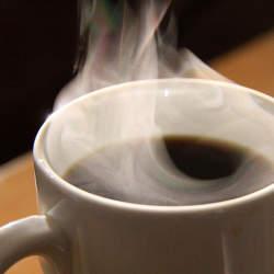 カフェインには「過剰摂取」の危険アリ:あなたは一日何杯コーヒーを飲みますか?