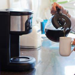 お手入れの頻度やタイミングは? コーヒーメーカーの洗浄方法を紹介!