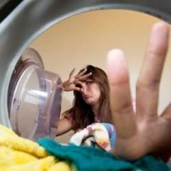 注意点やポイント解説! ドラム式洗濯機の掃除方法!