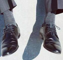 """""""靴下だからと侮るなかれ"""" 素材・デザインで選ぶ「ビジネス靴下」"""