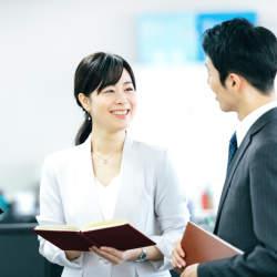 3年離職率は3割強、新入社員を3年育てるには1,500万円:新人を辞めさせない先輩社員の心得とは